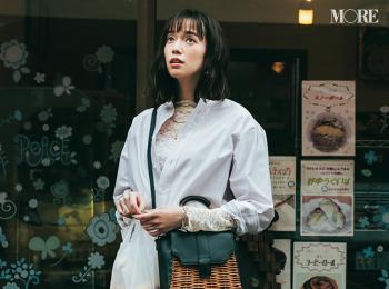 佐藤栞里の白ワントーンを秋コーデの参考に。シャツとデニムでクリーンな着回し18日目