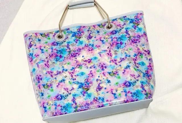 『GU×M / mika ninagawa』のバッグ