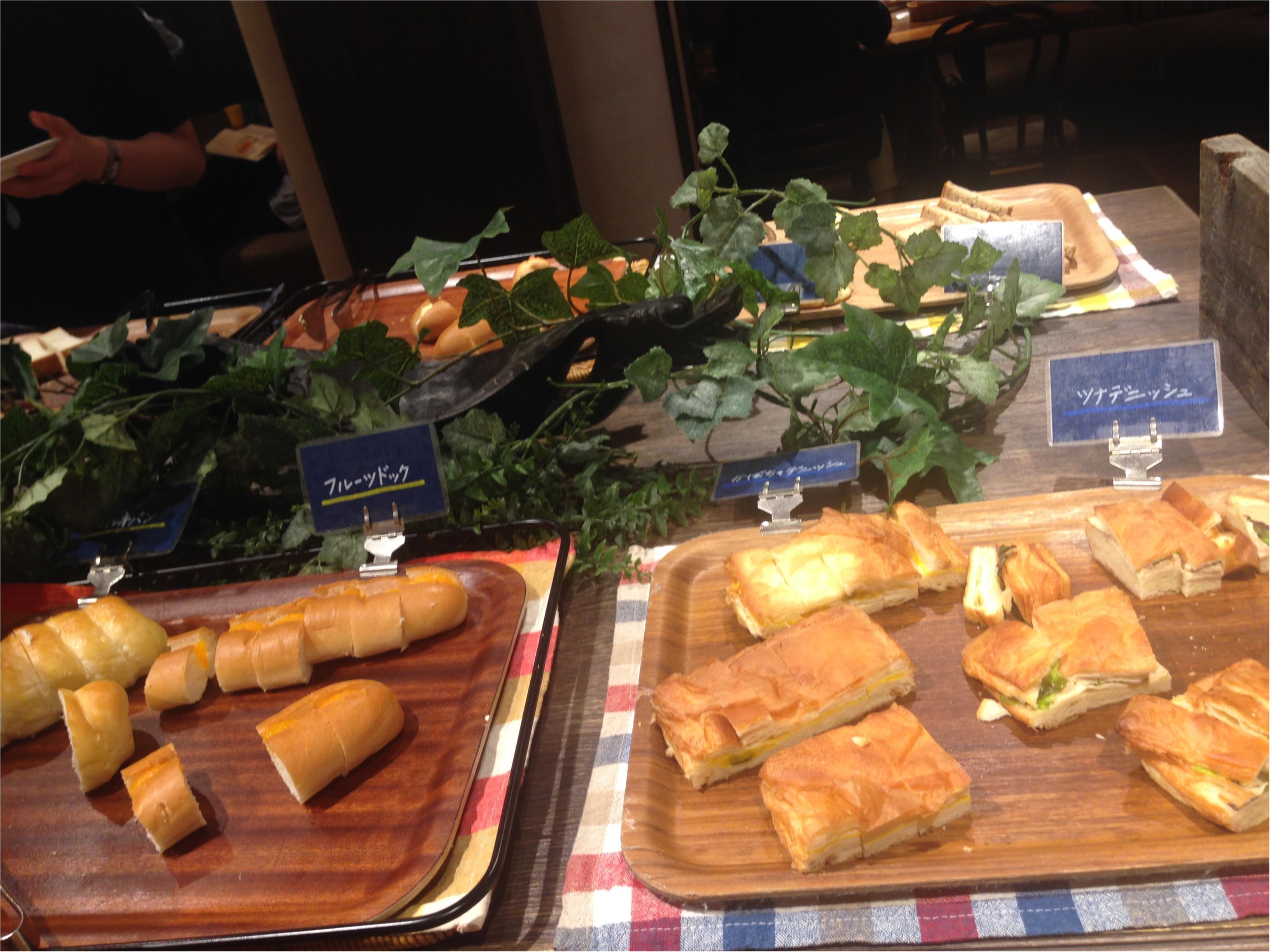 【新宿】え、新宿にこんな素敵なレストランあるの知ってた!?絶対リピートしたいお店発見\(^o^)/パン、パクチー食べ放題もやってるよ〜_7
