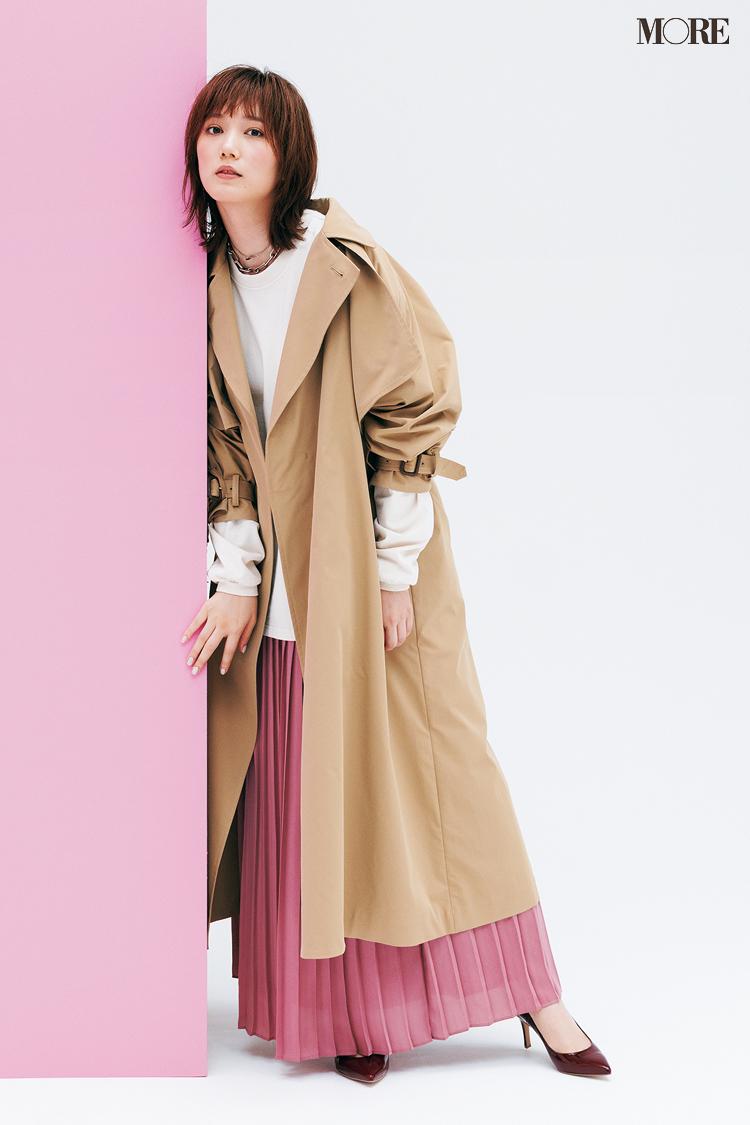 【今日のコーデ】<本田翼>秋のトレンチスタイルを更新!ピンクのプリーツスカートでほんのり可愛く大人っぽく♡_1