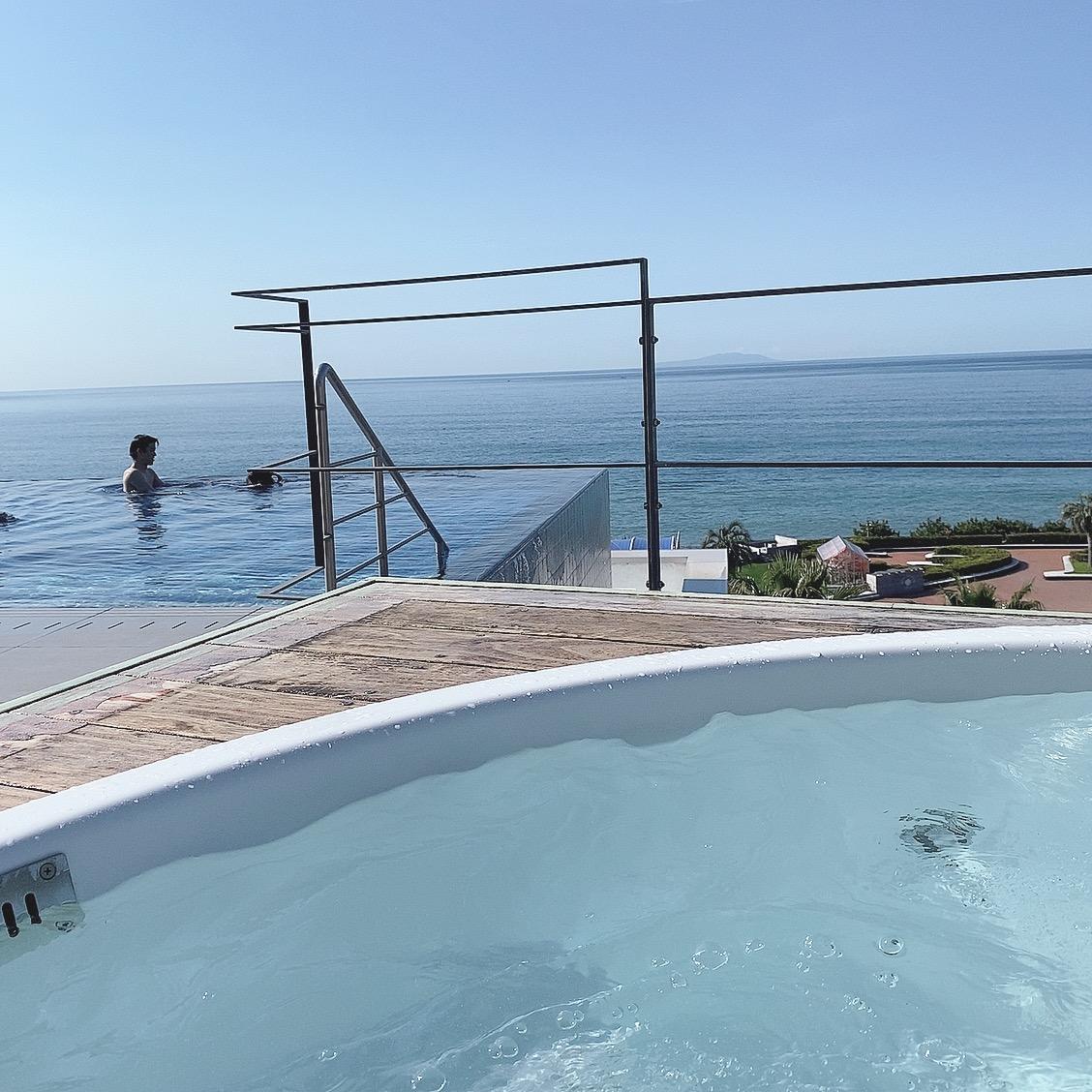 【神奈川県】プチ旅行にも◎インフィニティプール付きの海の見えるホテル_5
