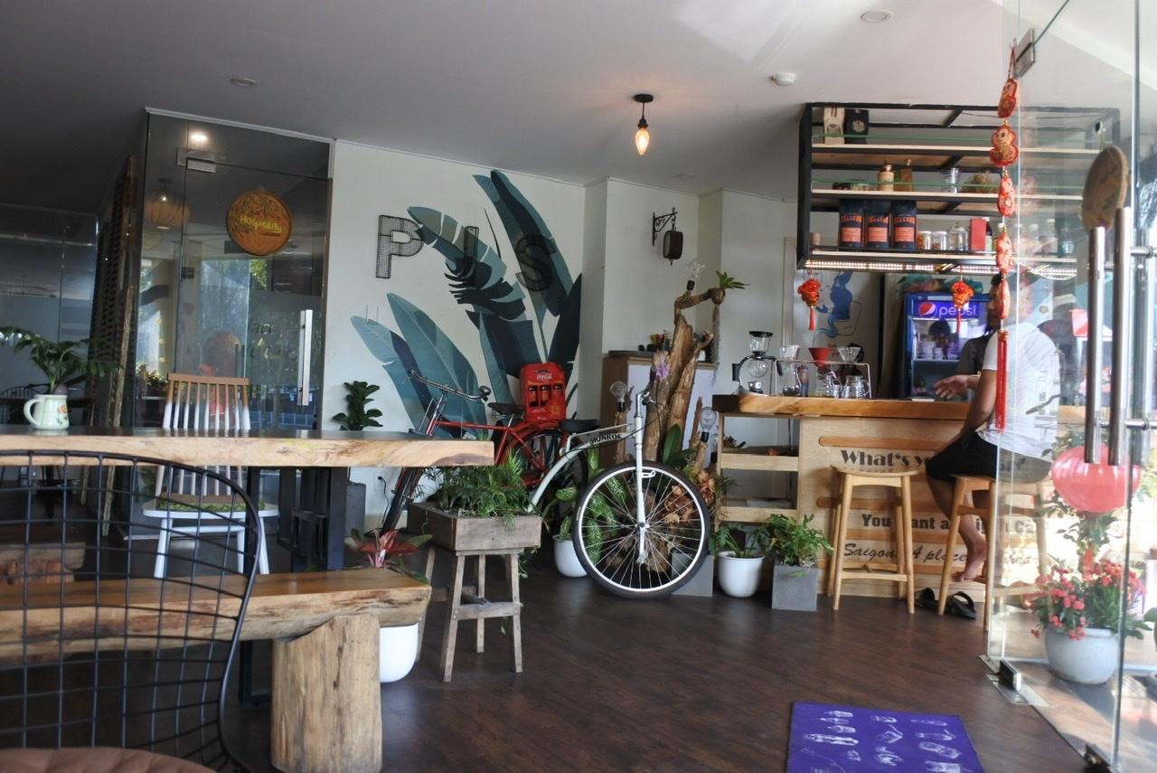 ホーチミンの地元カフェ
