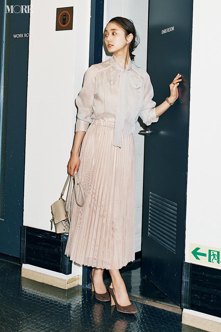 【今日のコーデ】<鈴木友菜>初対面の人と会う日は上品なプリーツスカートで好感度高く_1