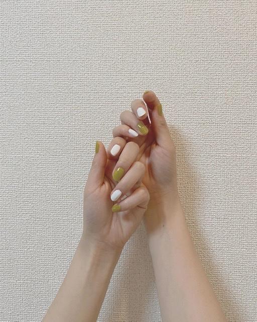 【夏ネイル・マニキュア】プチプラで高見えワンカラーネイル♡_1