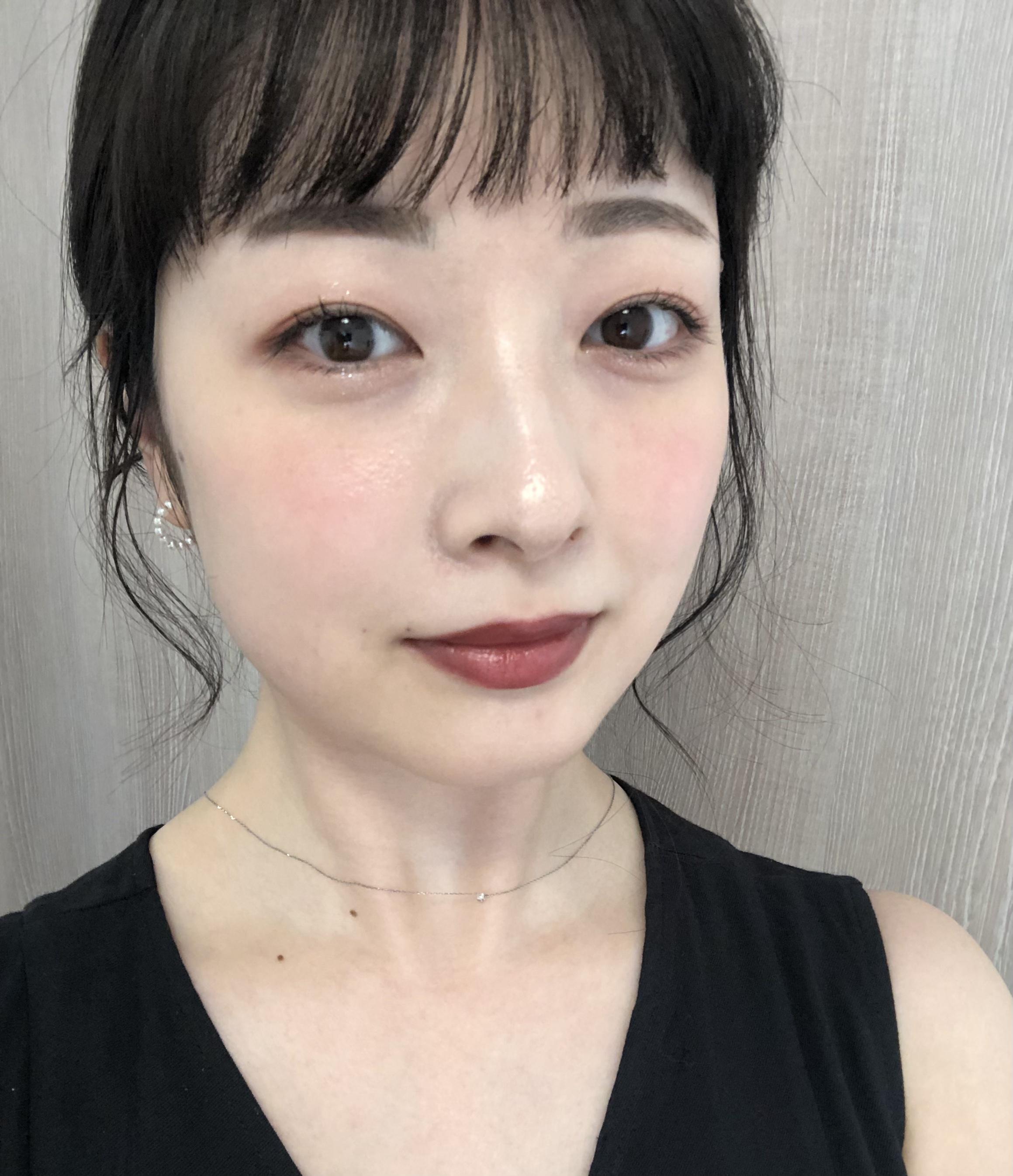 肌が白く見える♡夏も使える【ブラウンリップ】で女性らしい印象に!_2