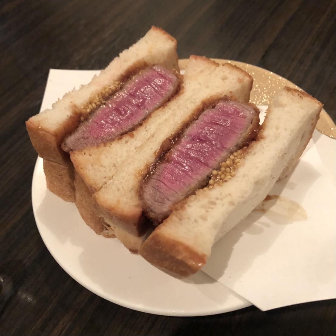 【食べログ ランキング1位!】予約困難の超人気焼肉店《SATOブリアン》に行ってきました♡_4
