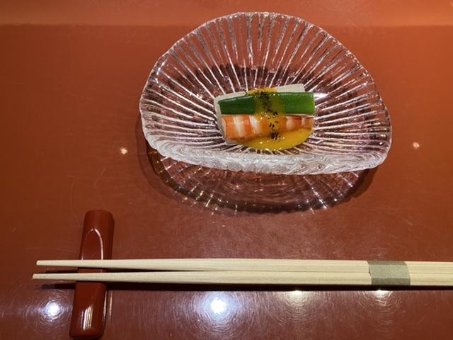 銀座の美味しいお寿司屋さんに行ってきました。_1