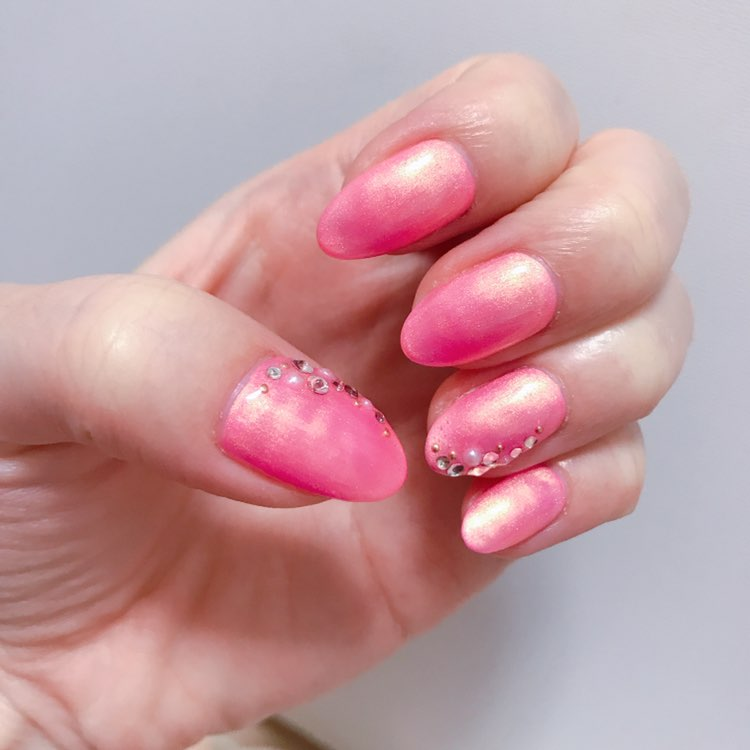 *・゜゚・*春を先取り*・゜゚・*大人可愛いピンクネイルはシルバー入りがオススメ♡_3