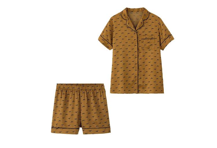 【かわいいルームウェア5】GUのサテンパジャマ(半袖&ショートパンツ ドッグ