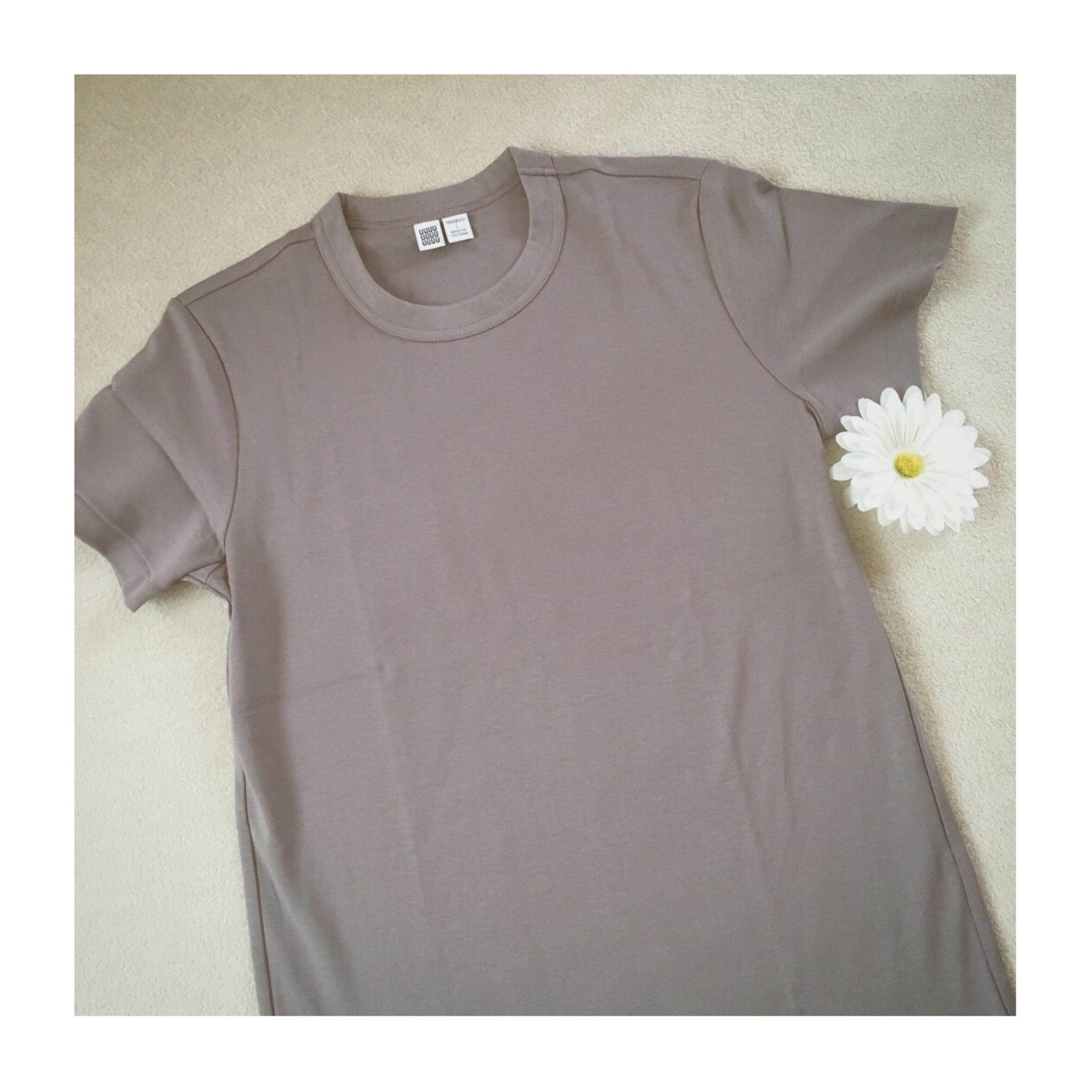 《まだまだ使える!》【Uniqlo U】の大人気¥1,000Tシャツ、いま買い足すなら秋カラーがおすすめ❤️_1