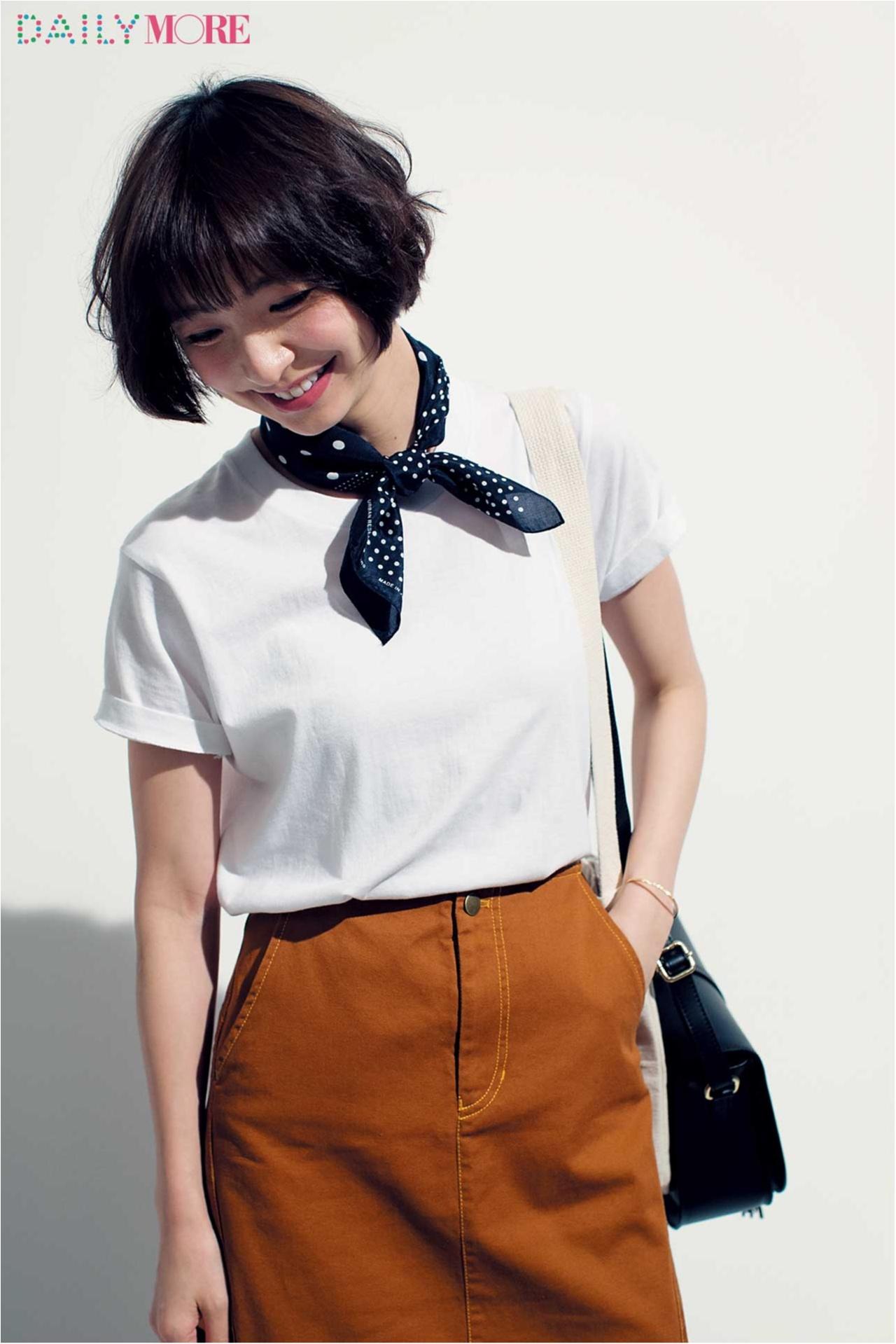 篠田麻里子がこだわる白Tシャツ講座!【ユニクロ&ヘインズのシンプルT編】_3