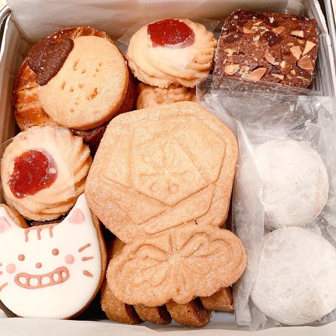 Premiumインフルエンサーズのインスタ拝見! MIYUUさんが『カフェのある暮らしとお菓子のお店』のクッキー缶を買ってみた♬_1