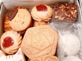 Premiumインフルエンサーズのインスタ拝見! MIYUUさんが『カフェのある暮らしとお菓子のお店』のクッキー缶を買ってみた♬