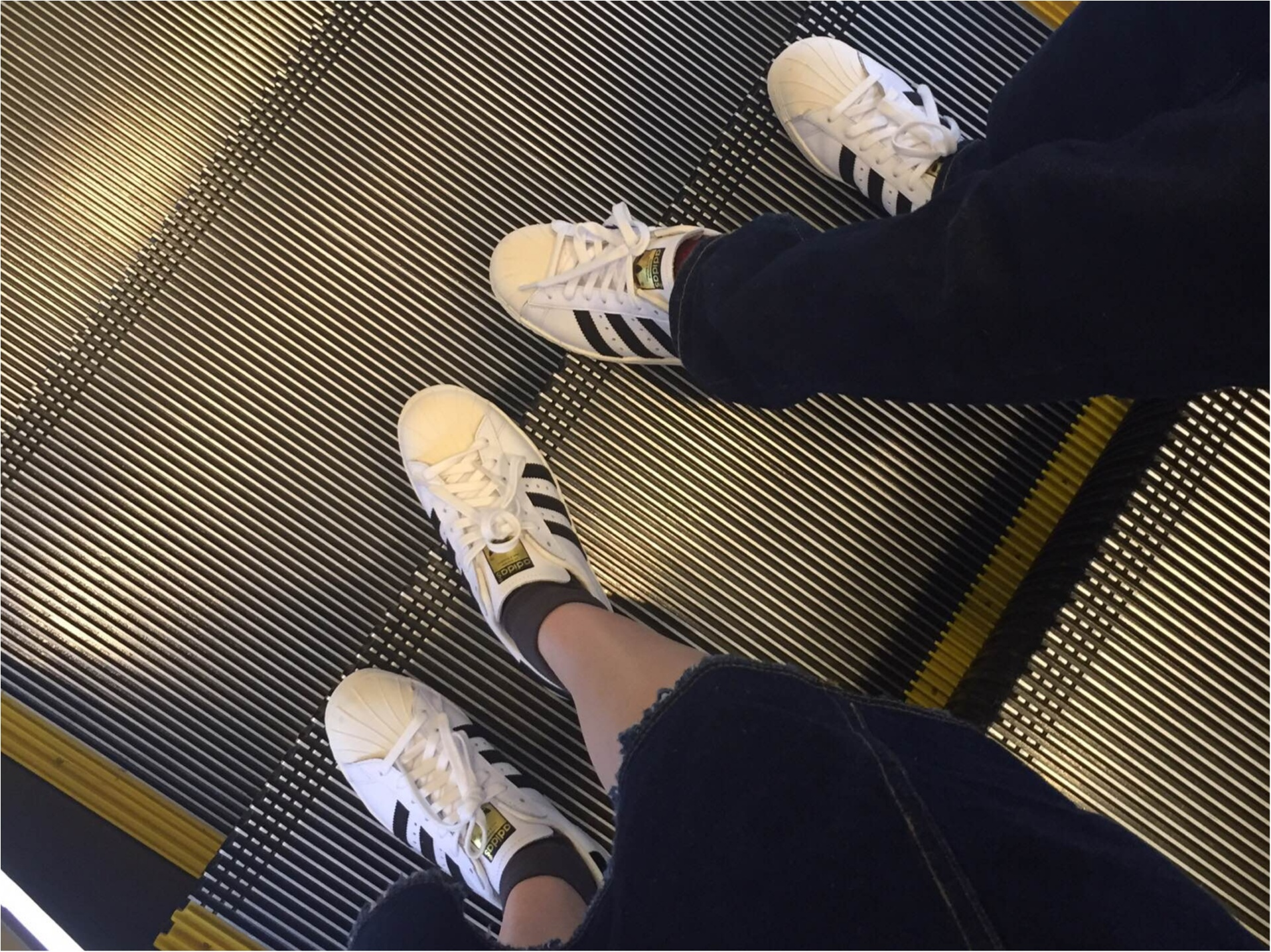 デートでもスニーカーをはきたい!around27歳の靴事情。_3