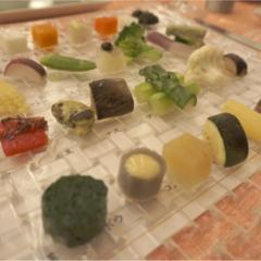 季節の有機野菜28~30種の盛り合わせがすごい‼️GINZA chez tomoの贅沢ランチコース✨