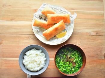 【10分で完成! 簡単おしゃれな一汁一菜レシピ~木曜日~】ヘルシー春巻き 2種+具だくさん薬味スープ+ごはん
