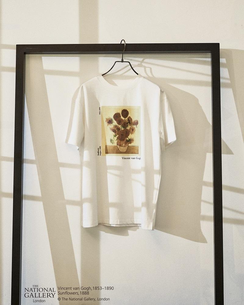 リリーブラウンのコラボTシャツ