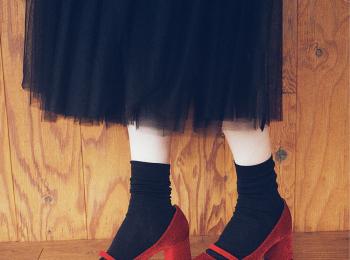 万能シューズといえばこれ!『レペット』の新作シューズ2種を佐藤栞里がはきこなす♡ PhotoGallery