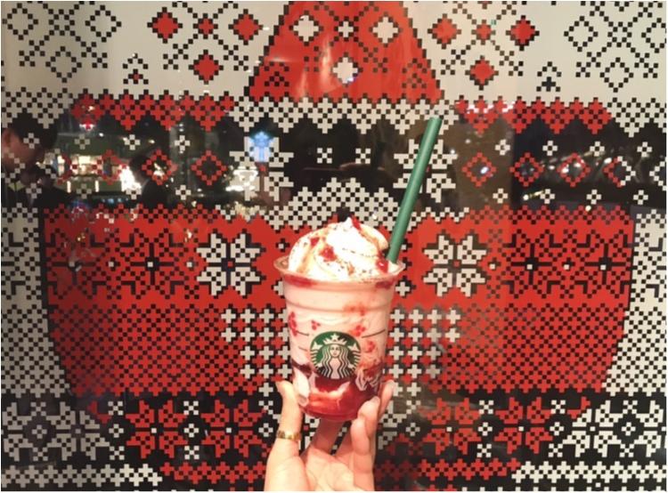 スタバが東京ドームシティ ラクーア店で、初のイルミネーションを開催中♡ なんとお店がクリスマスケーキに!!_3_2