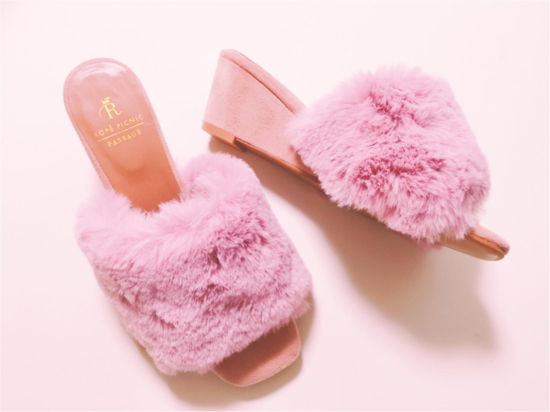 今年の秋は【ファーサンダル】WEB限定色のピンクが可愛いです♡_2