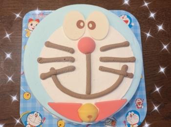 《憧れのアイスケーキ》31で販売しているドラえもん アイスケーキが可愛すぎて!!!