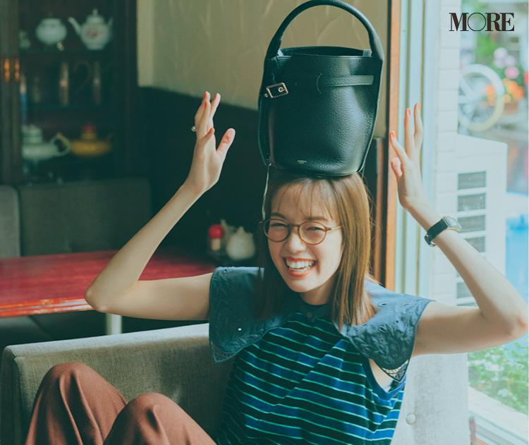 セリーヌのバッグを持った佐藤栞里