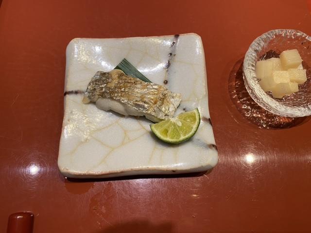 銀座の美味しいお寿司屋さんに行ってきました。_3