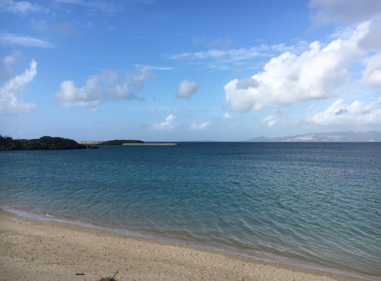 【女子旅におすすめ】海が見える絶品タコライス屋さん!!《きじむなぁ》@恩納村_2