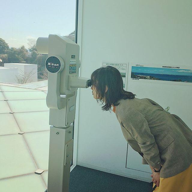 鈴木友菜が撮影中にはしゃぐ姿にスタッフ一同メロメロ♡【撮影オフショット】_2