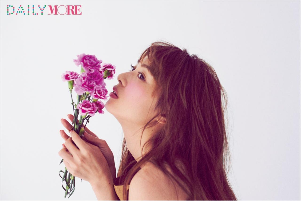 春のほおは『レ・メルヴェイユーズ ラデュレ』のラベンダーピンクを♡ 大人のための「ピンクメイク」のトリセツ_1