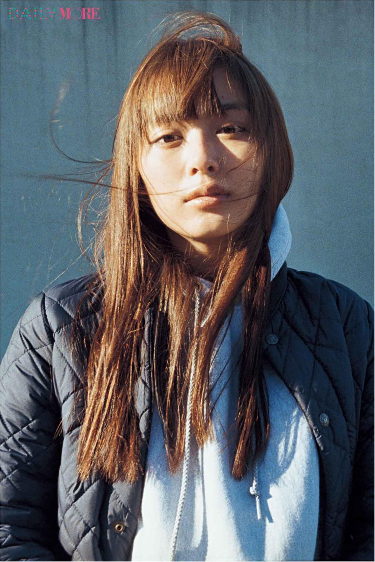 """内田理央は2017年""""ぶれない女性""""を目指す!?【モア40周年イヤー「なりたい私に着がえよう。」オリジナルムービー】 _1"""