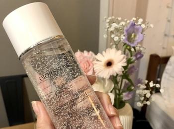 【プチ贅沢】おすすめしたいデパコス化粧水「Dior スノー ライト エッセンス ローション」