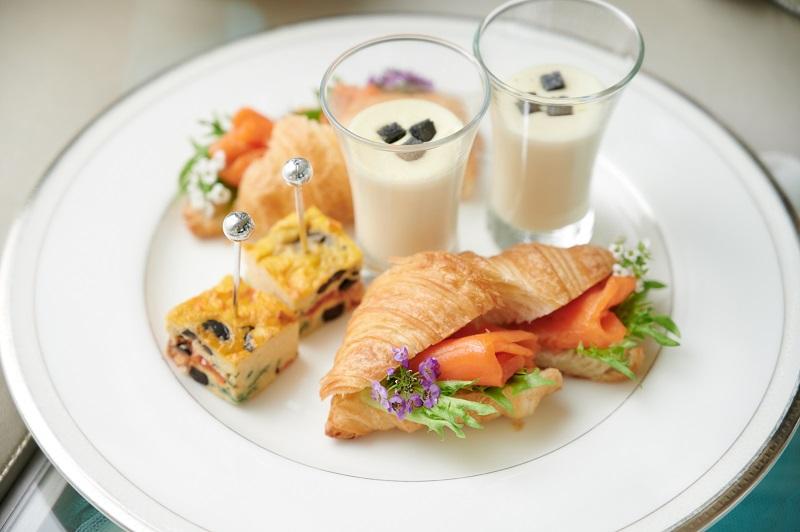 赤坂アプローズスクエア迎賓館のサムシングブルーアフタヌーンティーの軽食メニュー