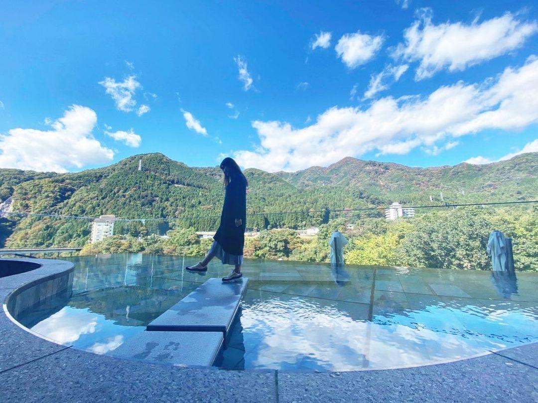 栃木県・鬼怒川温泉の中心にあるファミリー向けホテル「きぬ川ホテル三日月」のフォトスポット