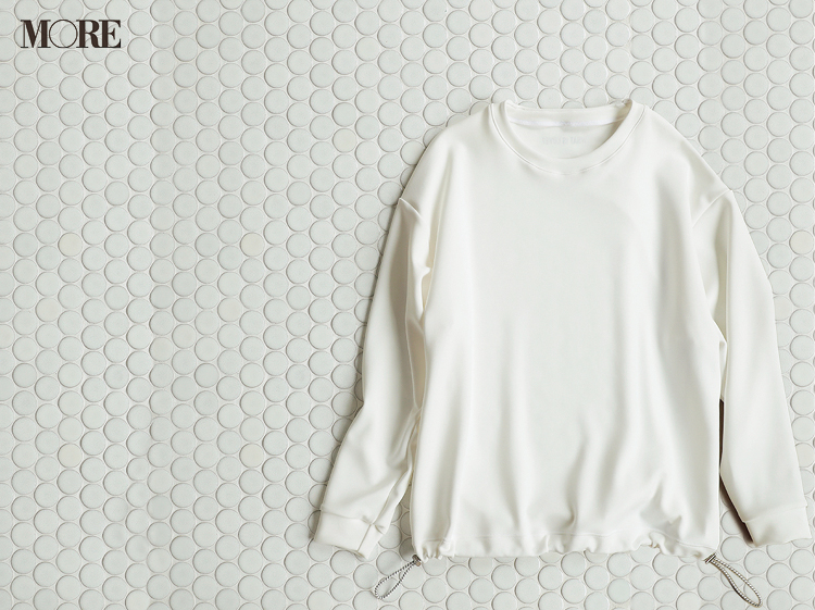 """洗えるプリーツスカートやカップつきキャミも♡ モアスタッフがお気に入りの""""白""""アイテムをレコメンド!_3"""