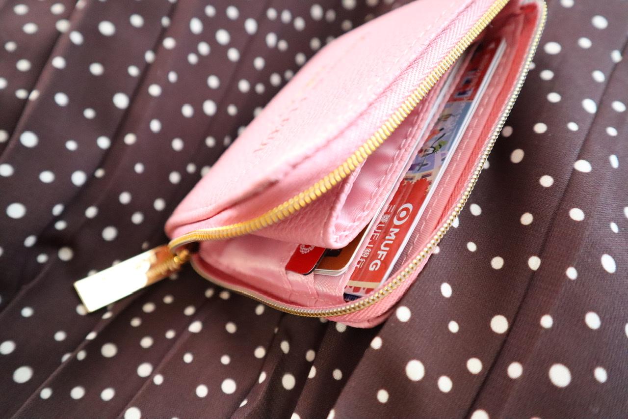 《本日3/27発売❤️》【MORE5月号】超実用的!高見えレザー調ミニ財布が可愛すぎる☻_2