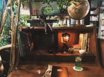 【高円寺】私語厳禁のブックカフェ!「アール座読書館」で心のデトックス