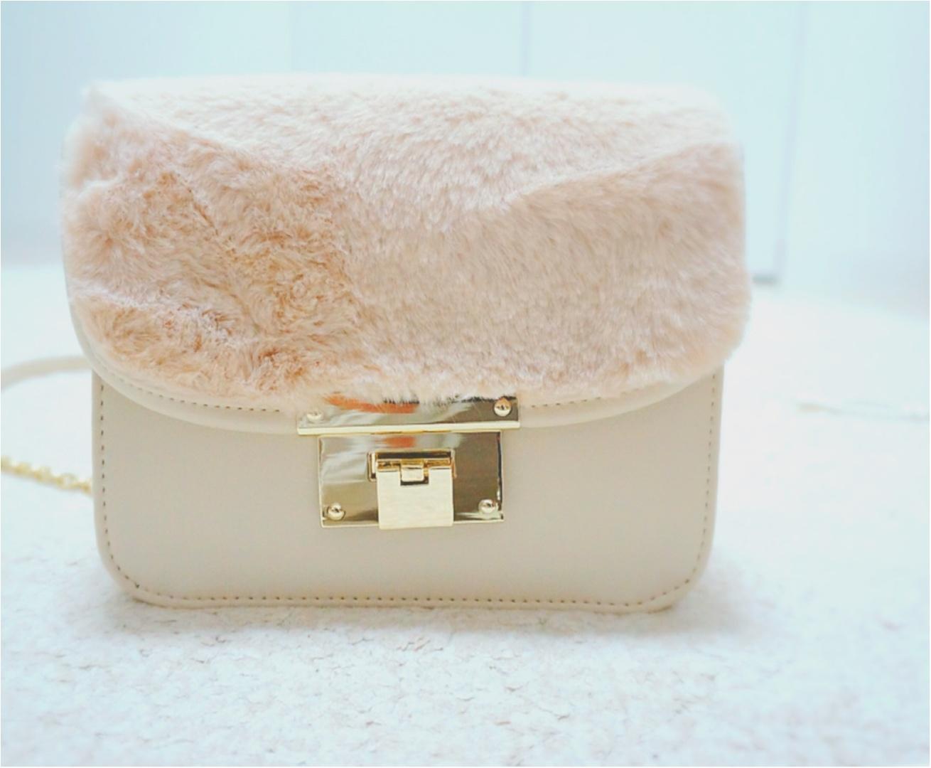 SNSで大人気!【Honeys】の《メトロポリス風》ファー付きバッグがプチプラ&可愛い❤️_2