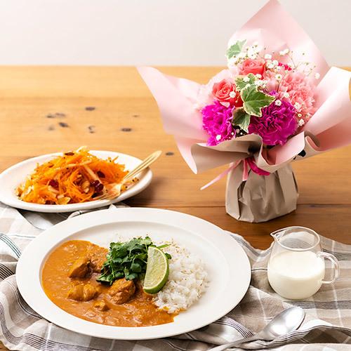 母の日ギフトにおすすめ『日比谷花壇』の「Soup Stock Tokyo レトルトカレー 4種とスタンディングブーケのセット」
