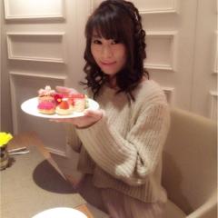 噂のヒルトン東京ホテルいちごビッフェで誕生日祝いしてもらいました♡