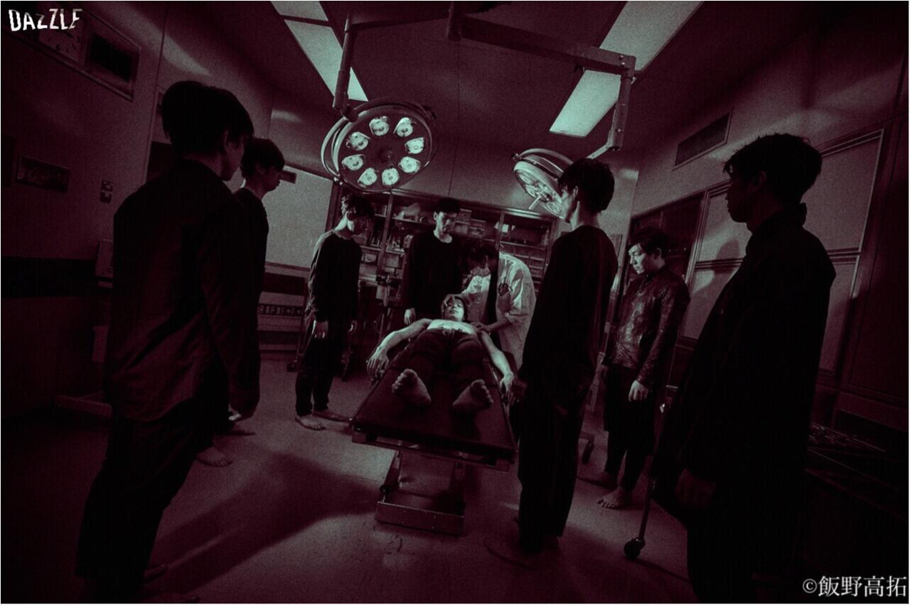 【ダンスカンパニーDAZZLE】建物一棟で繰り広げられる体験型舞台作品『Touch the Dark』観劇_2