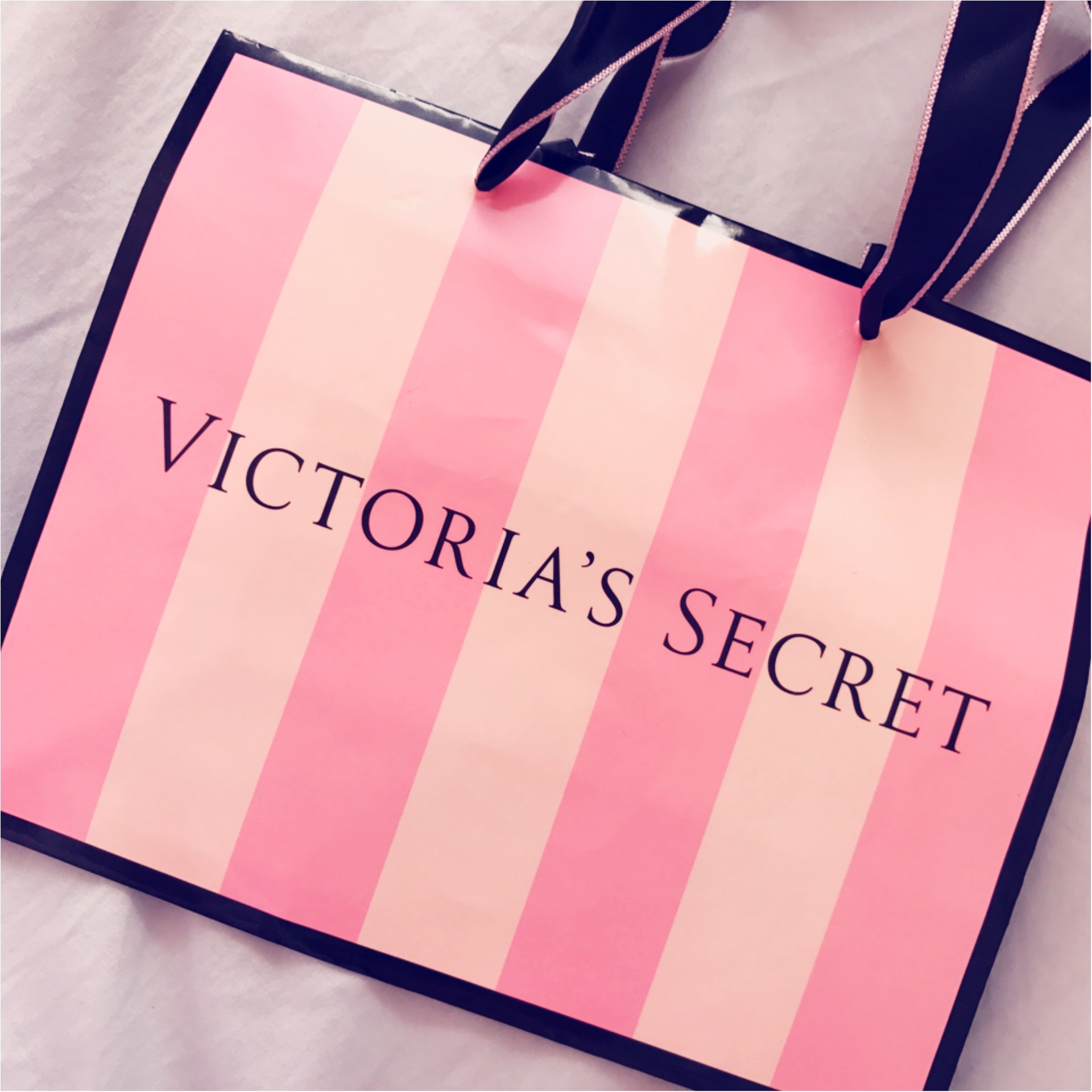 ★セクシーなだけじゃない!お土産にも喜ばれる『VICTORIA'S SECRET』の下着はこんなにPOPで使い心地抜群★_1
