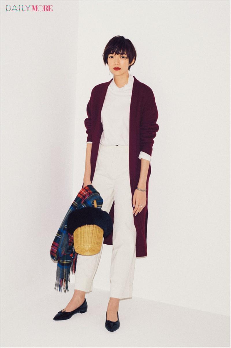 【今日のコーデ】トレンドのパープルでおしゃれにIラインを印象づけて。太見えしない白の着こなしアイディア!_1