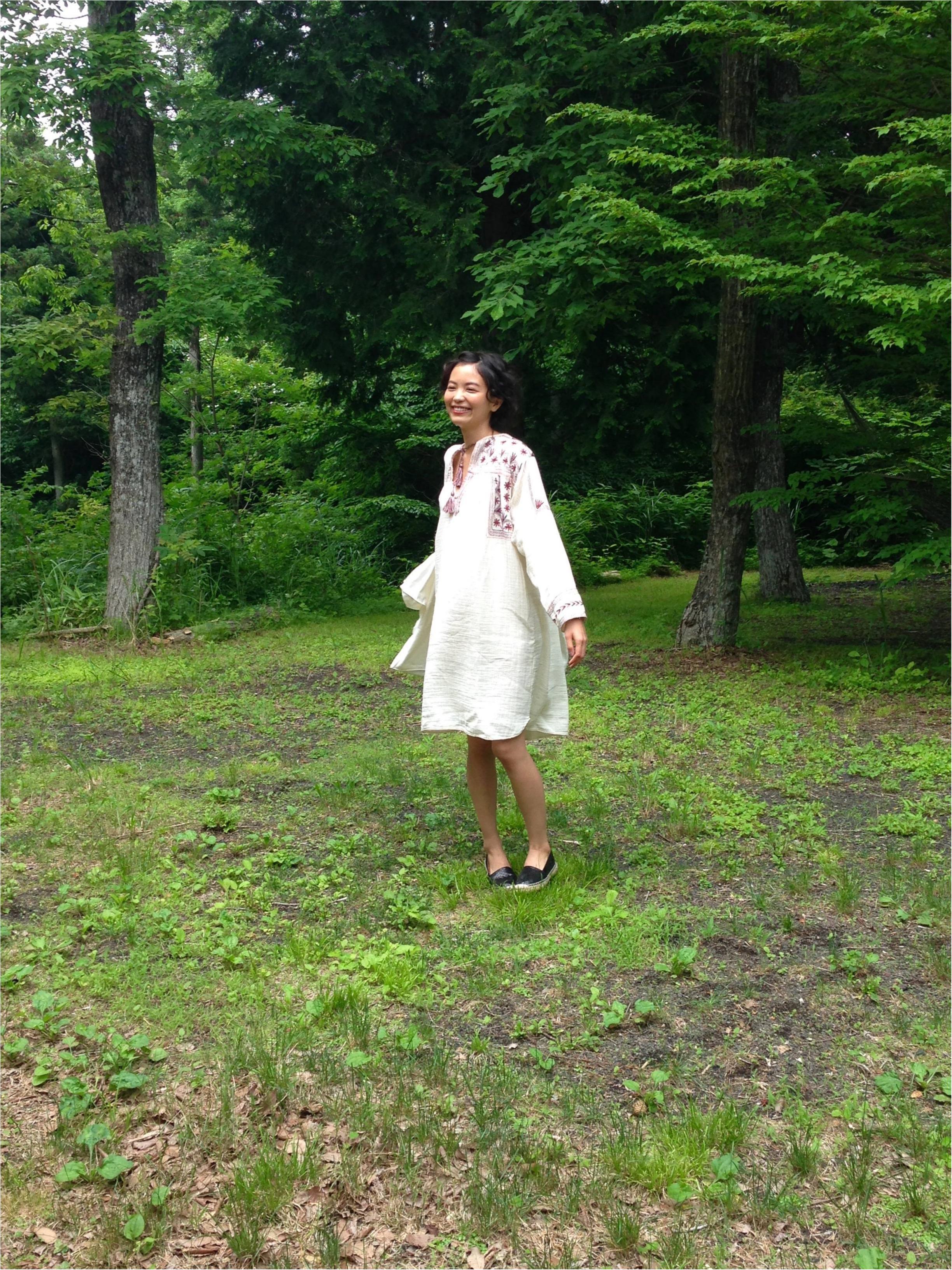 【オフショット】森にぴったり!みっこの私服♡_2