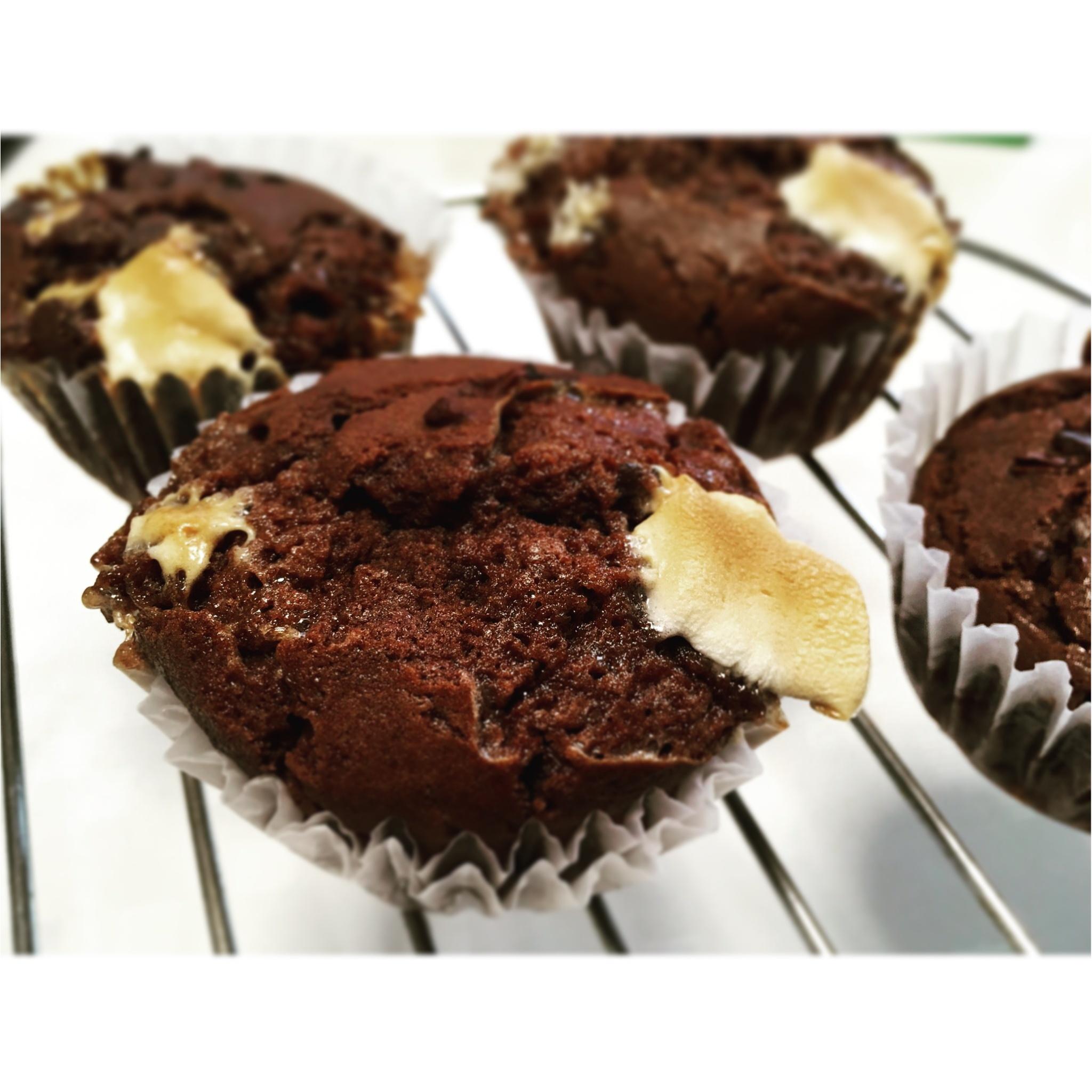 【Cooking▶お菓子作り】冬にピッタリなおやつ☺マシュマロたっぷり体に優しい米粉のココアマフィンの作り方☺︎_1