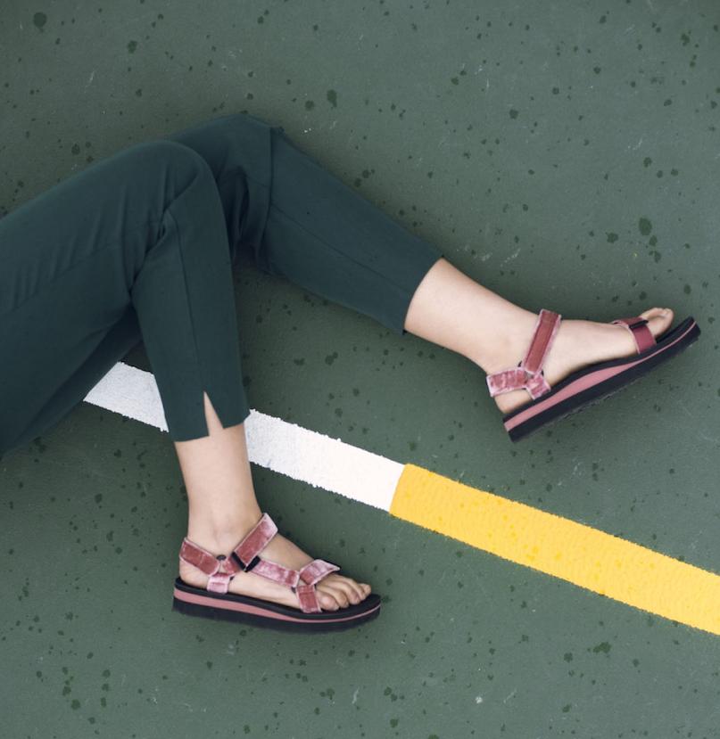 「Tシャツ通勤」&「読者が選んだ10着」が大ヒット中☆【今週のファッション人気ランキング】_1