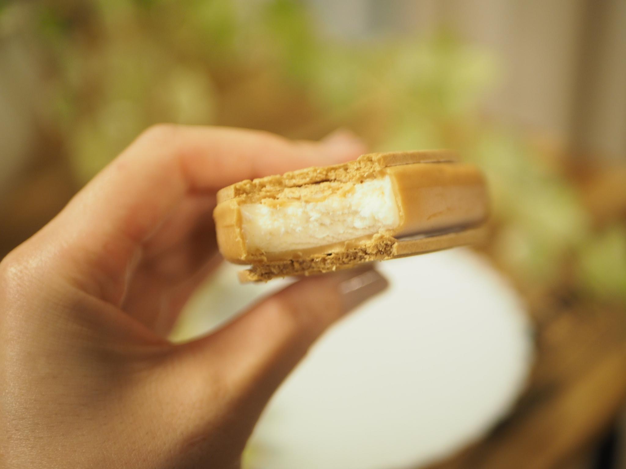 【ハーゲンダッツ】濃厚な味わいのバターサンド♡クリスピーサンド『アーモンドバターサンド』が登場♩_4