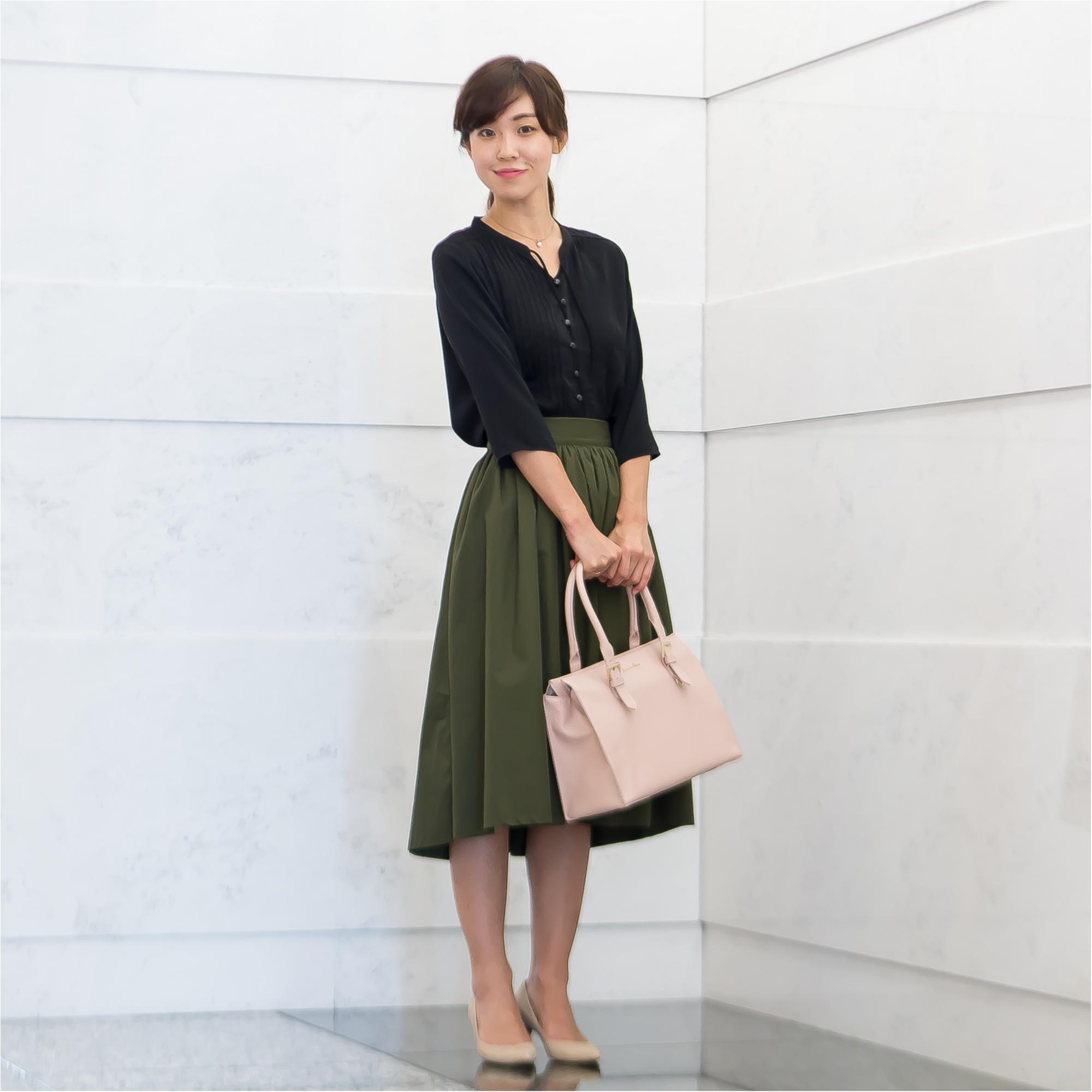 着映え抜群!タックブラウスときれい色スカート、オンとオフの最新コーデ術【GET MORE!通信/モアハピ部がお試し♡】_1