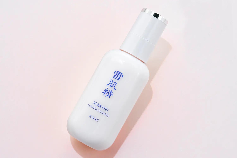 美容成分が豊富なおすすめの乳液 雪肌精 エッセンシャル スフレ