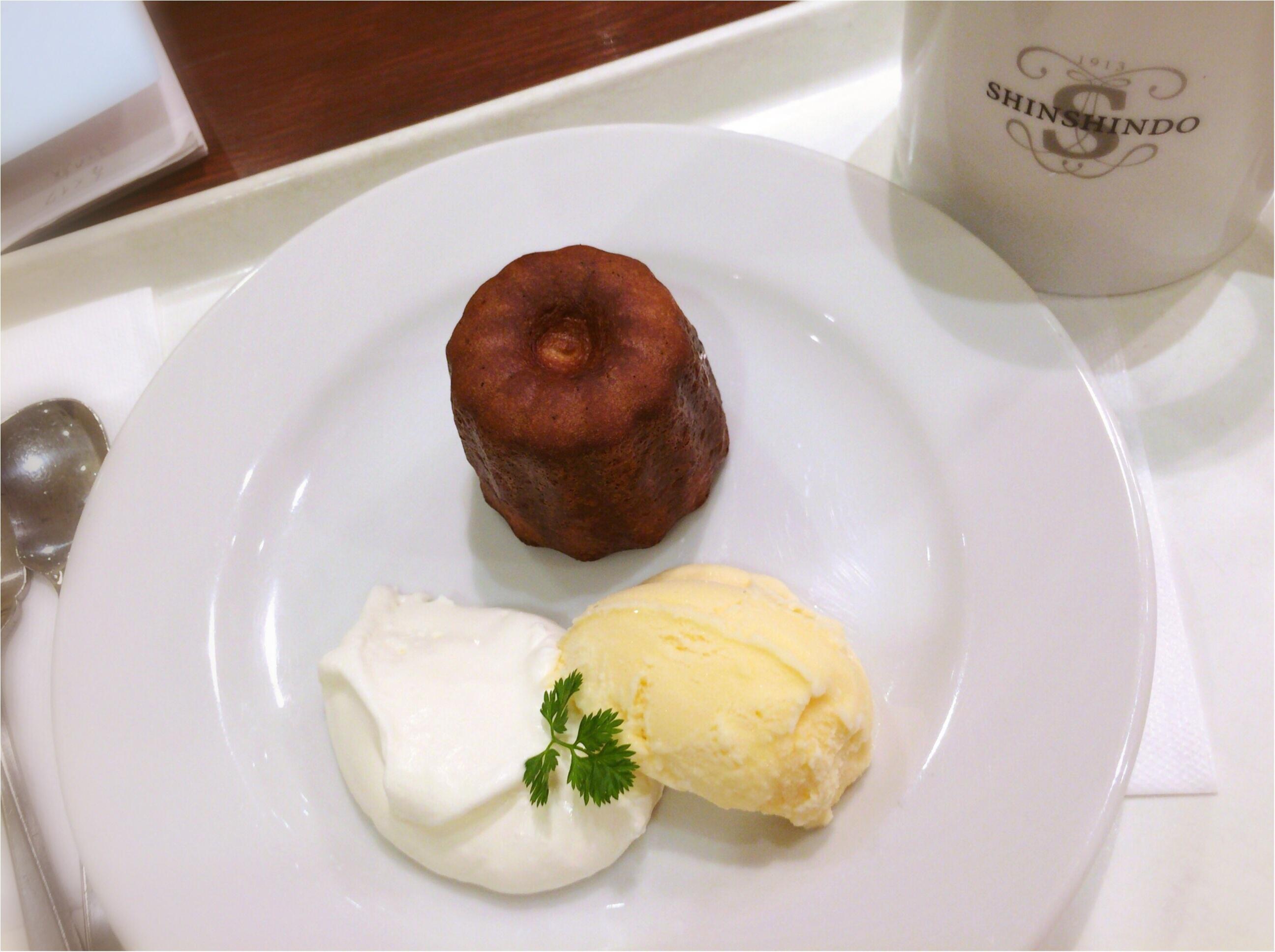 京都で有名パン屋【進々堂】の生クリーム&アイス付《カヌレセット》が上品でGOODなんです♡♡♡_1